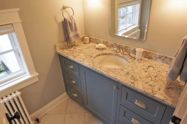 Hudson Full Home Remodel - Kid's Bath (4)